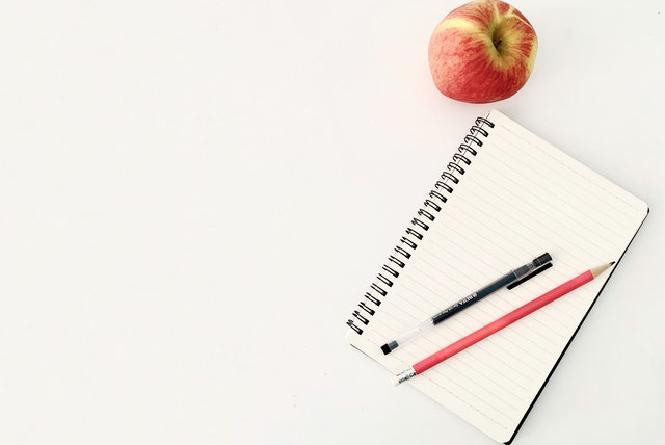 appel, pen en papier